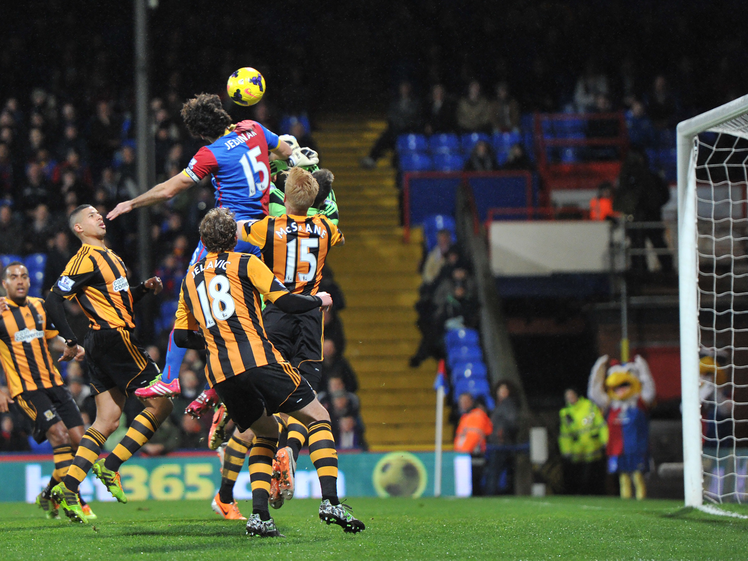 News Shopper: Mile Jedinak heads over