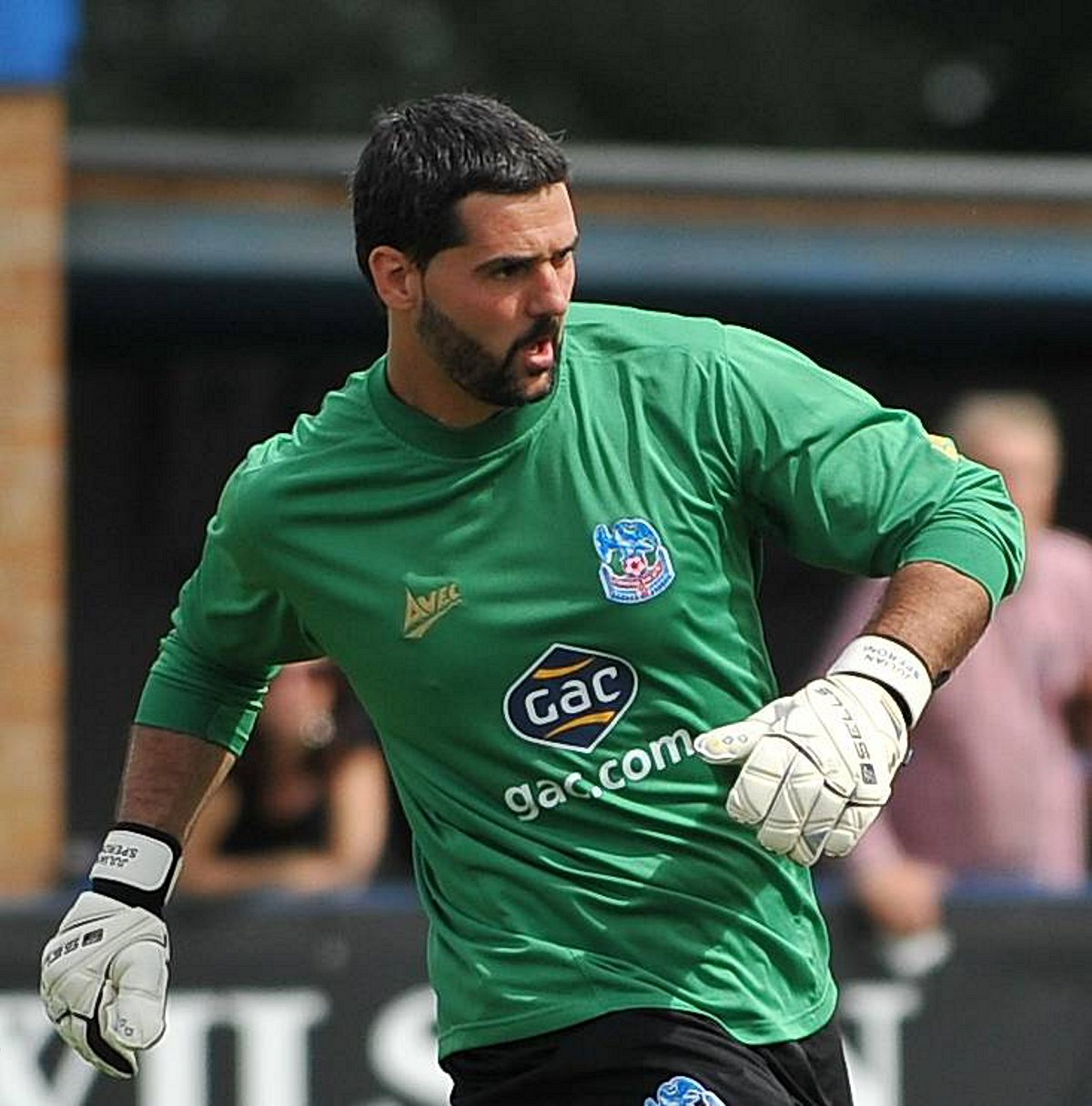 Julian Speroni has signed a new contract with Crystal Palace