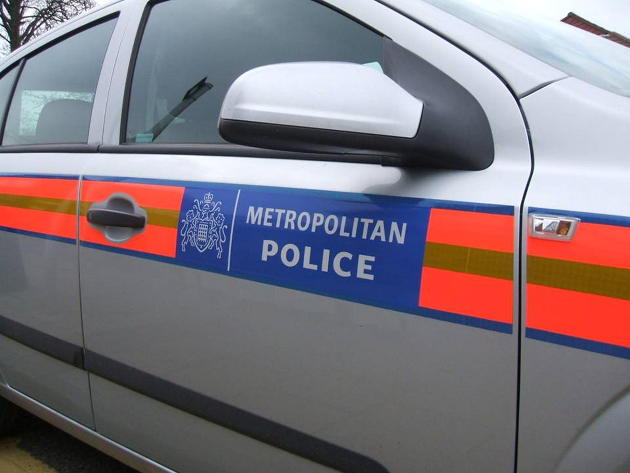 17-year-old boy in Woolwich stabbed from behind in morning attack