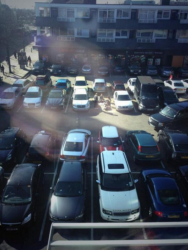 News Shopper: The wrong park? Eaters wave for the camera (by @carparkwatch)