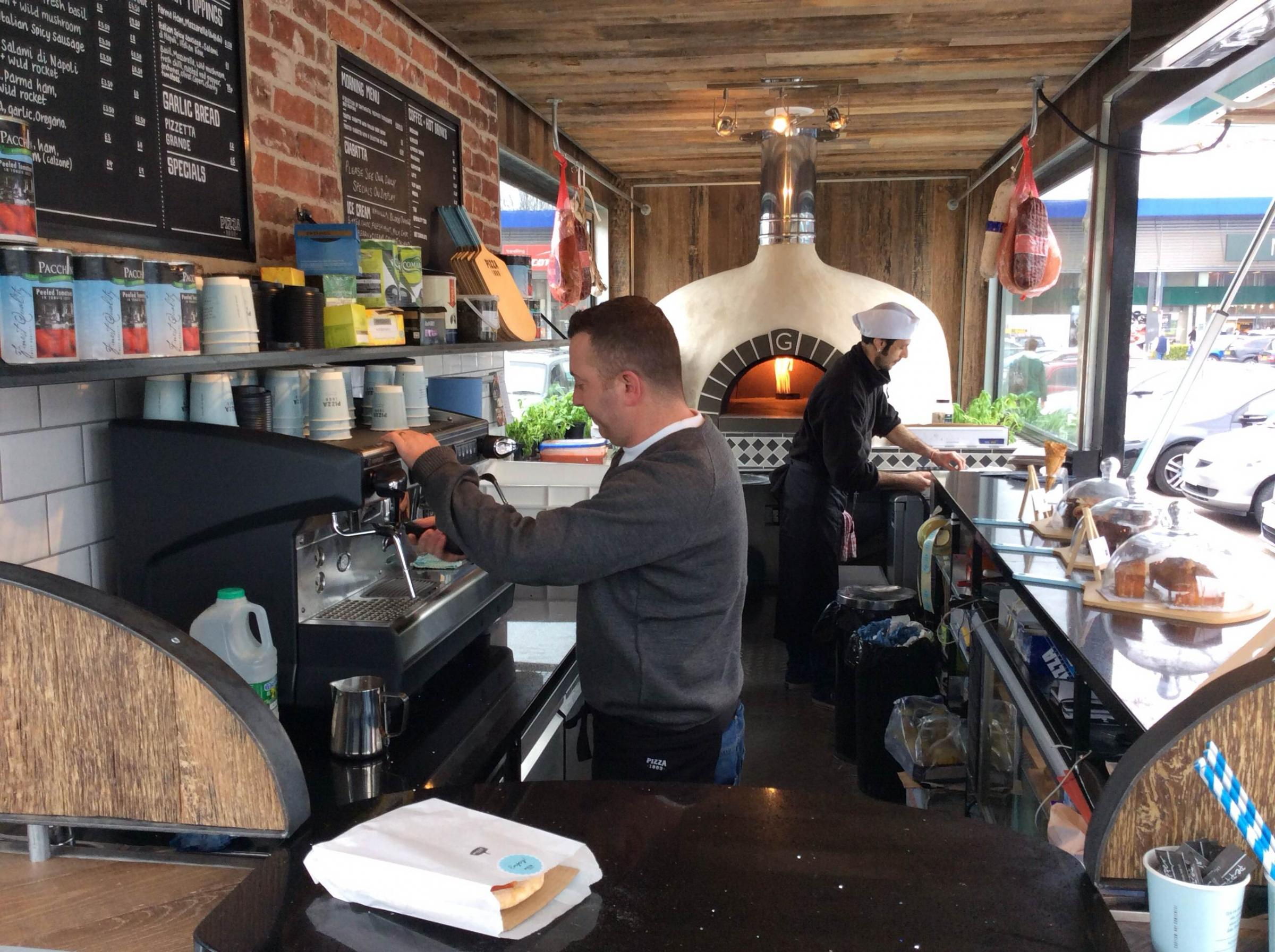 Contain yourselves: Pizza1889 transports authentic Italian pizza to Orpington