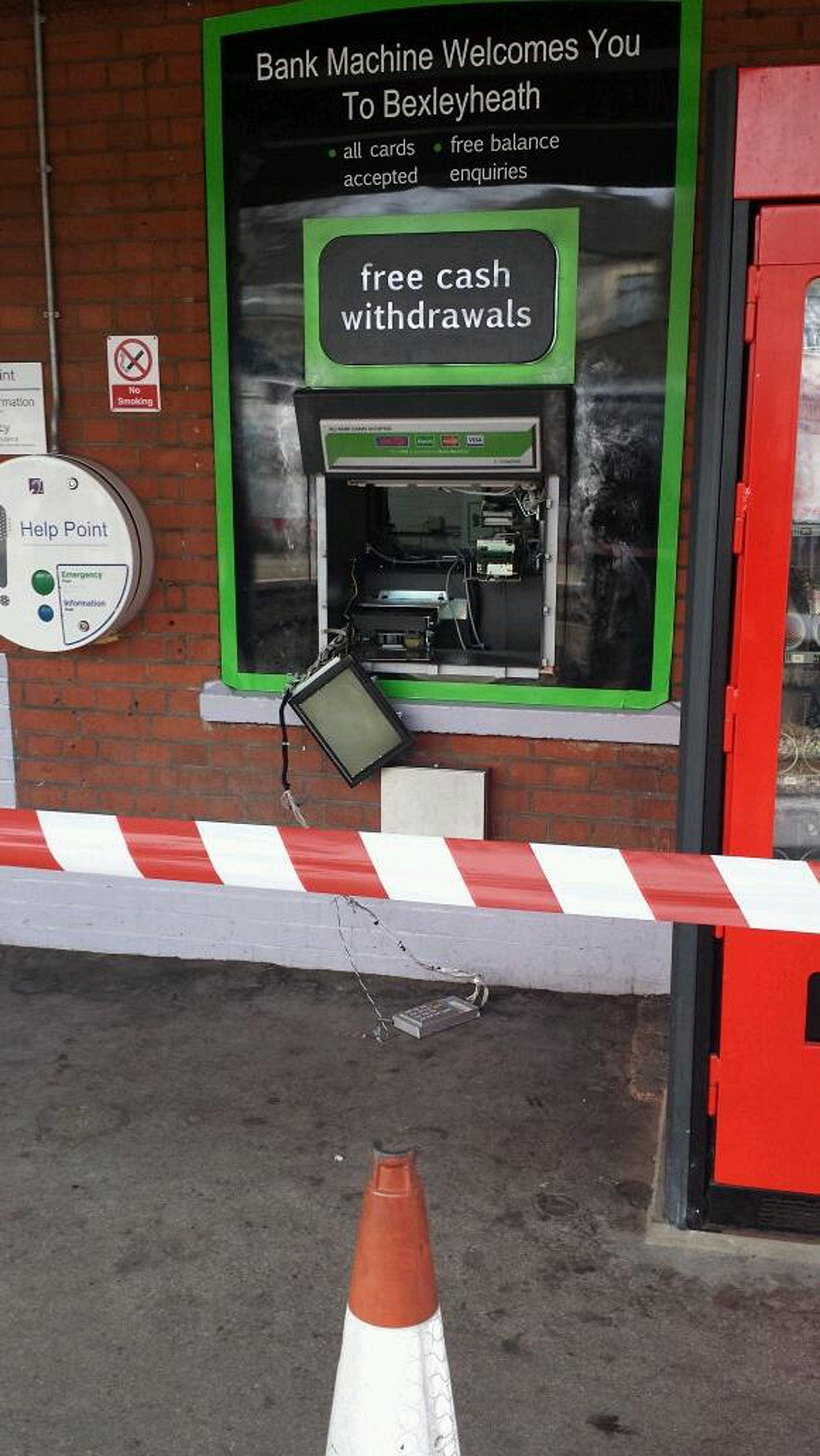 The wrecked cash machine this morning (pic from Twitter by @sarah_kelly12).