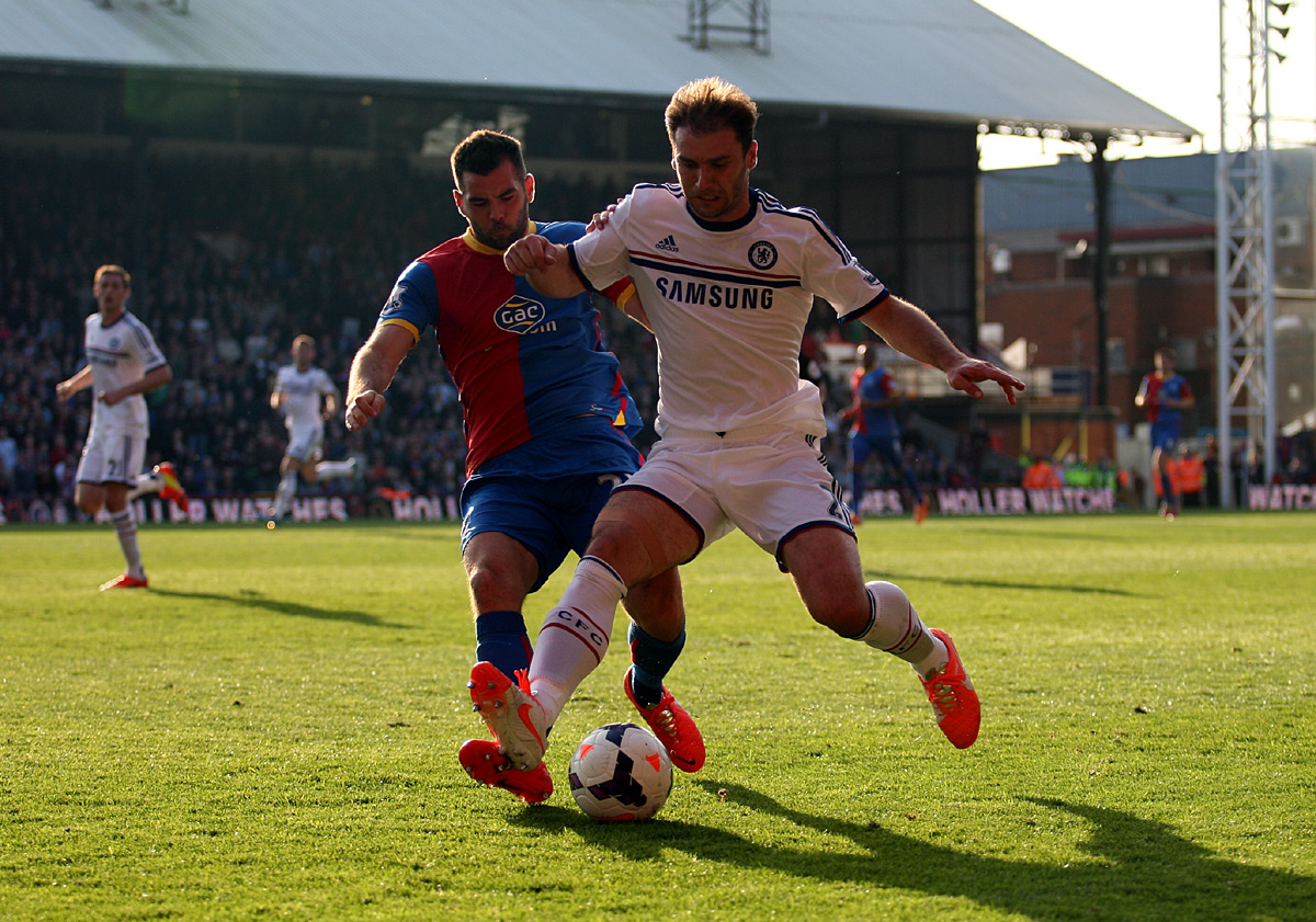 News Shopper: Branislav Ivanovic holds off Joe Ledley