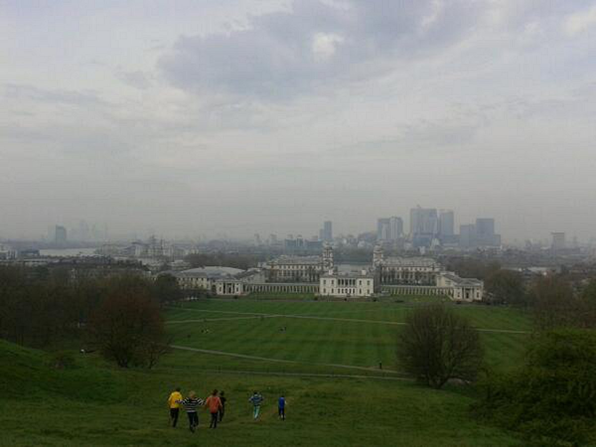 The smog from the Royal Greenwich Observatory yesterday afternoon. Photo: Elly Maxwell.