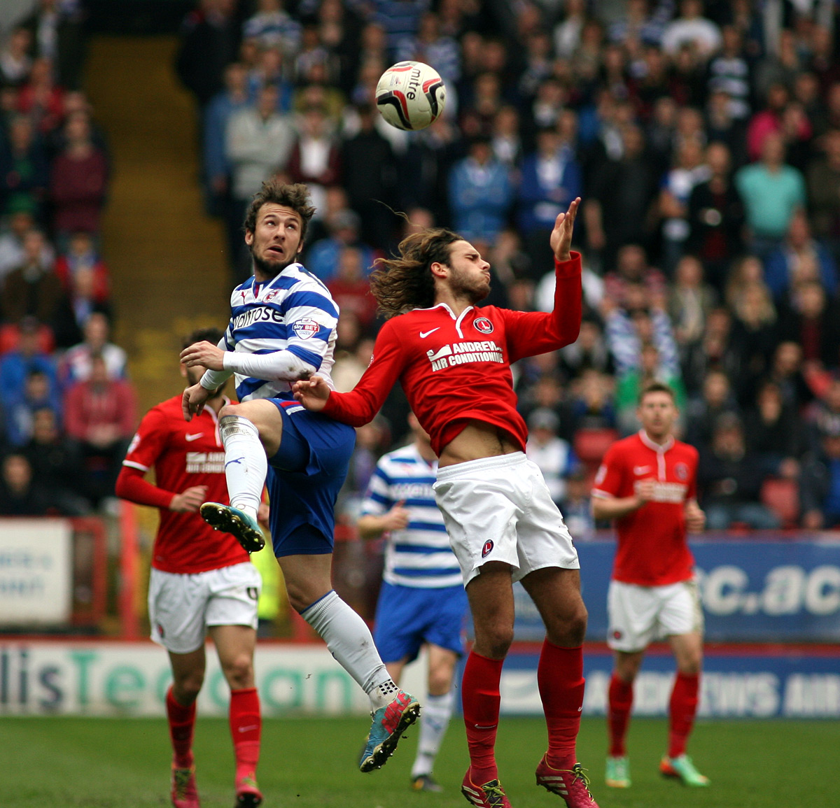 News Shopper: Adam Le Fondre beats Diego Poyet to a header
