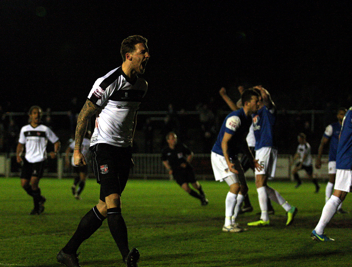 News Shopper: Rob Swaine celebrates making it 1-1