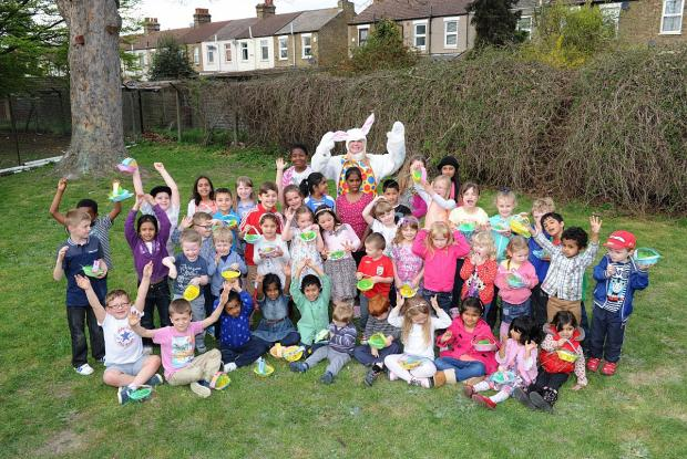 News Shopper: PICTURED: The Easter Bunny delights Bexley kids at the Danson Centre