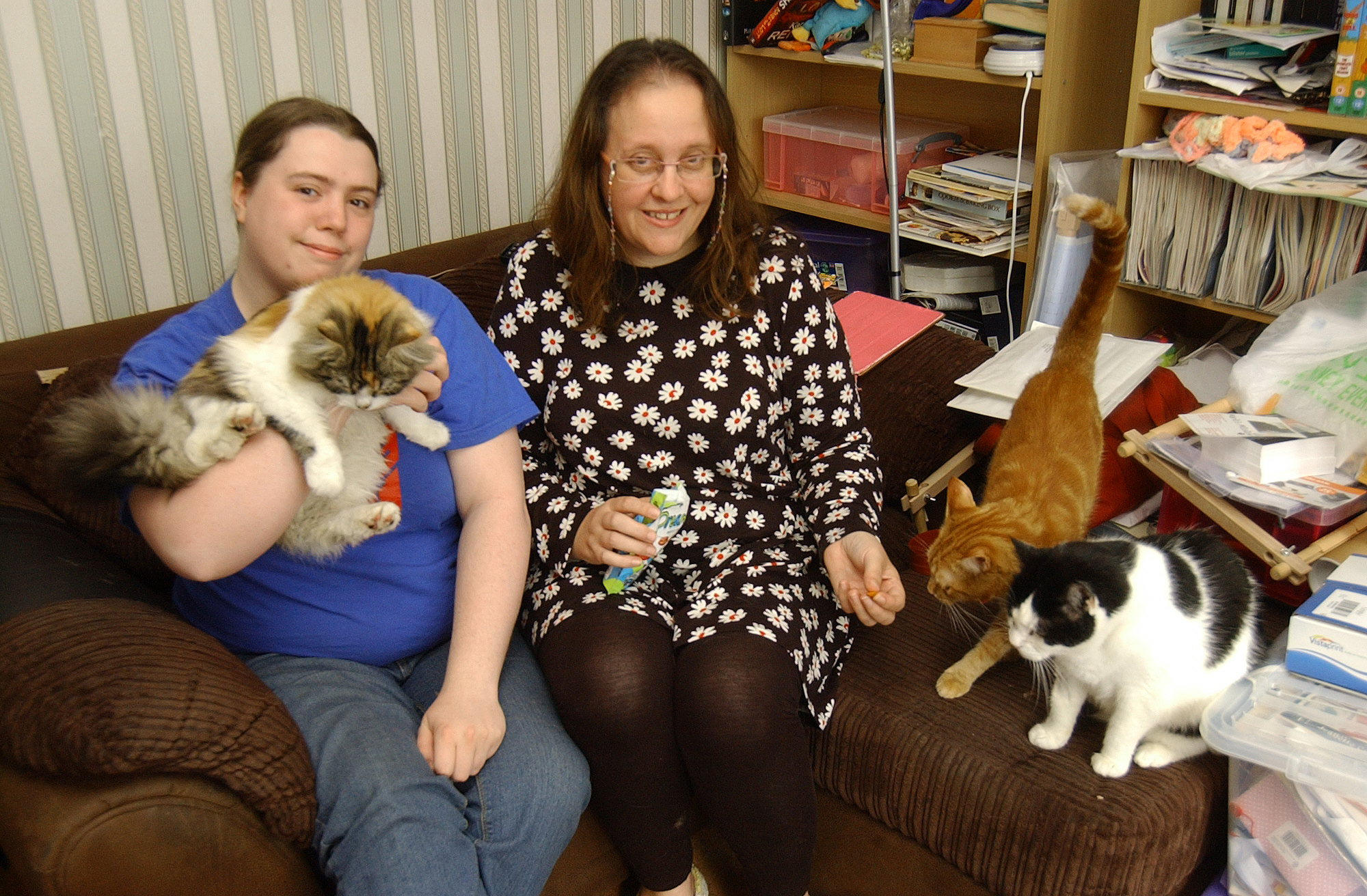Thamesmead Pet foodbank inspires others to follow suit