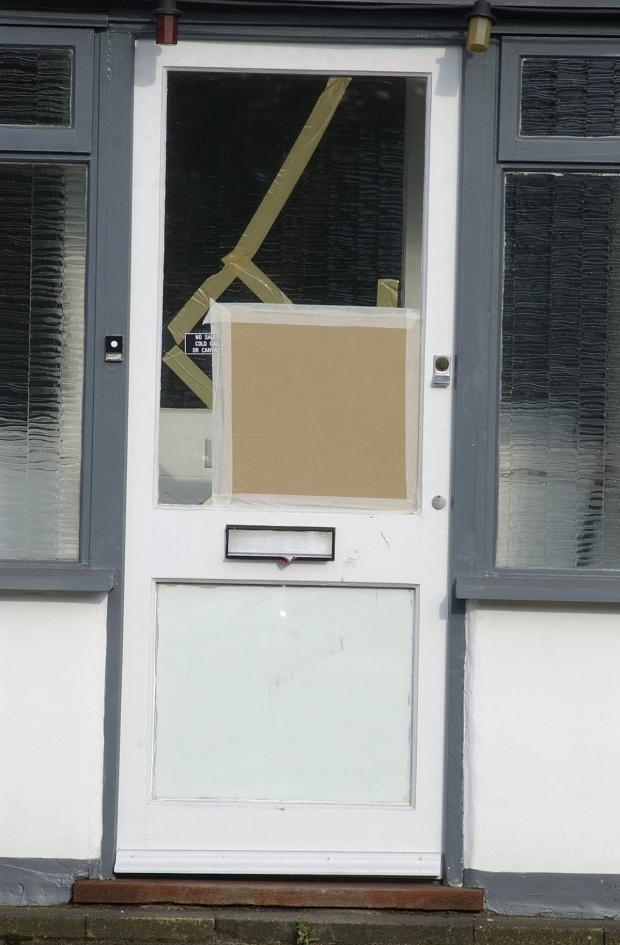 News Shopper: The top of the lamppost went through a resident's door