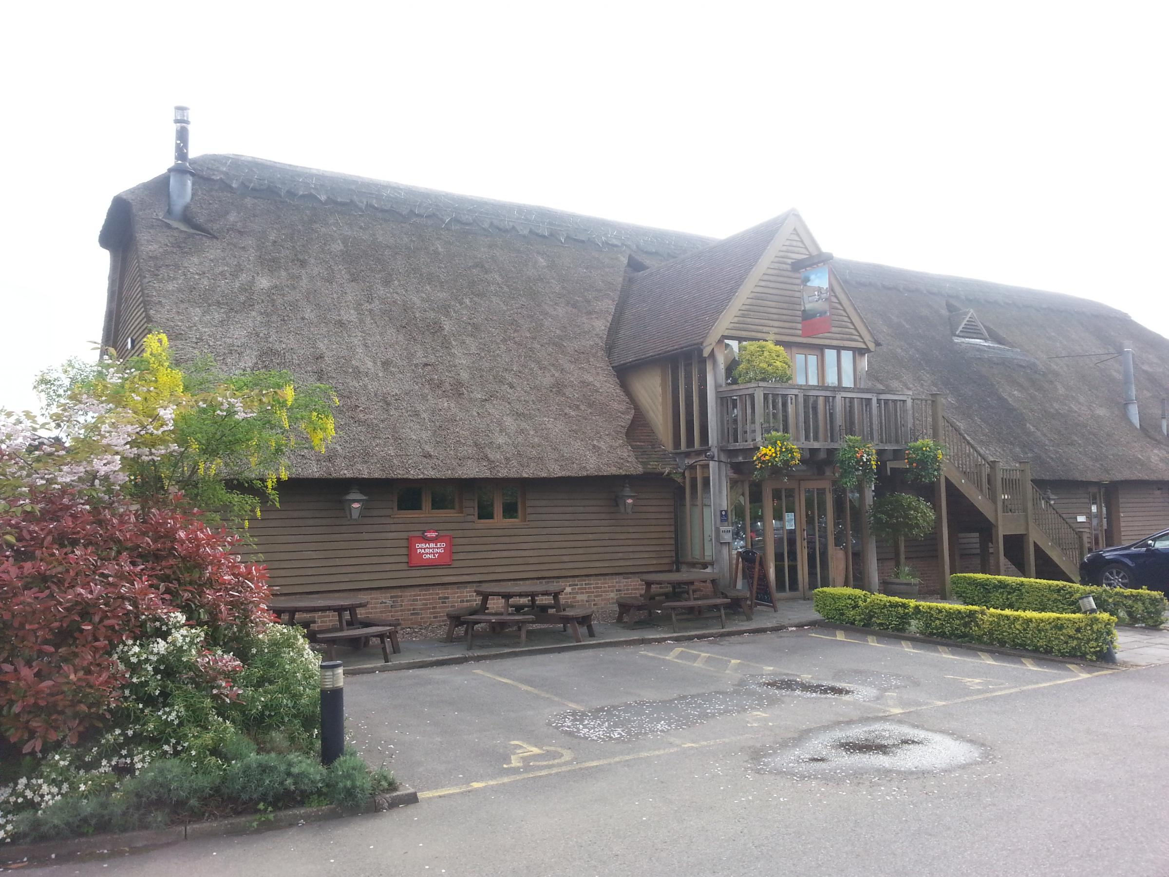 PubSpy finds a countryside idyll at the Manor Farm Barn in Southfleet