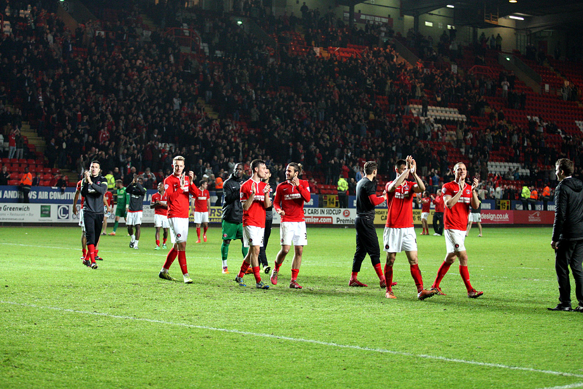 News Shopper: Charlton players complete a lap of honour