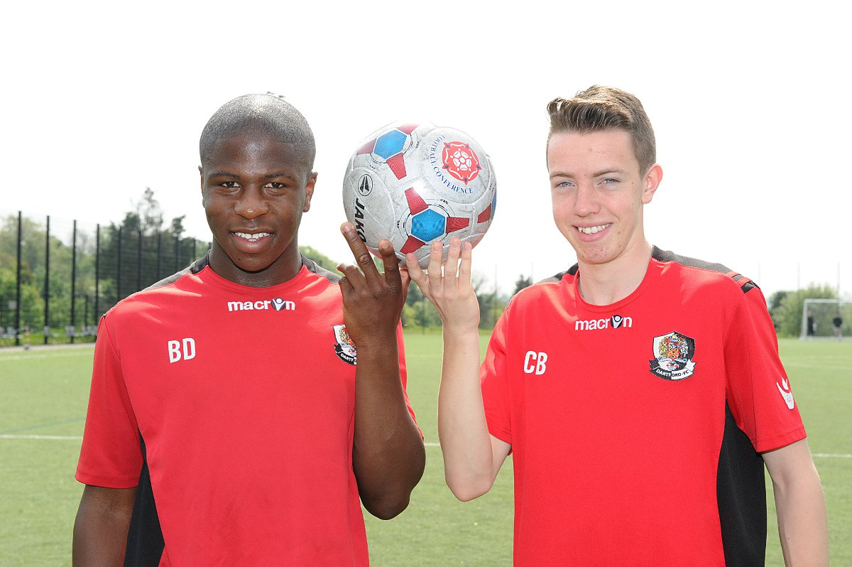 Kaka Dembele (left) and Charlie Bex in their Dartford academy kit.