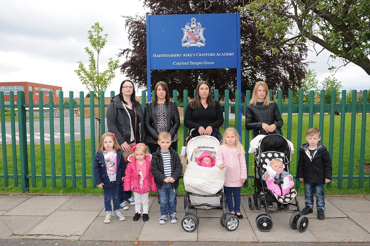 Left to right: Natalie Edwards with Amelia, three; Sarah Bull with Summer, two, and Callum, three; Samantha Hazzard with Gracie, six months and Brooke-Louise, four, and Emma Harvey with Jessica, 12 months, and Billbill, four..