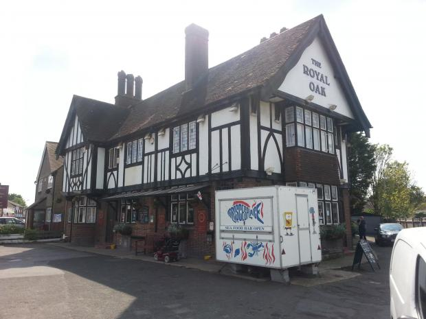 PubSpy reviews The Royal Oak, Northumberland Heath