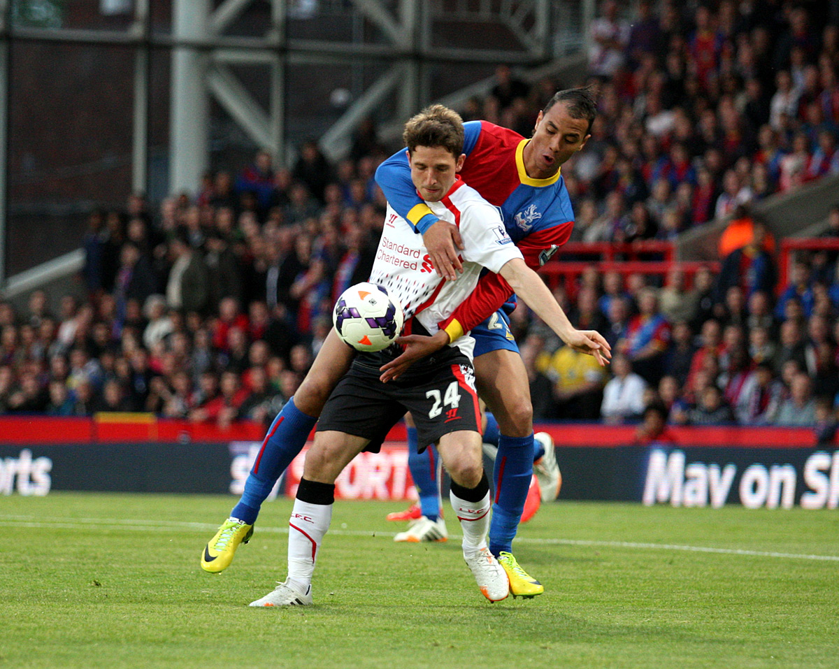 News Shopper: Marouane Chamakh challenges Joe Allen