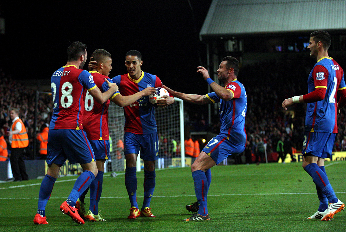 Pulis: Palace within a squeak of fam