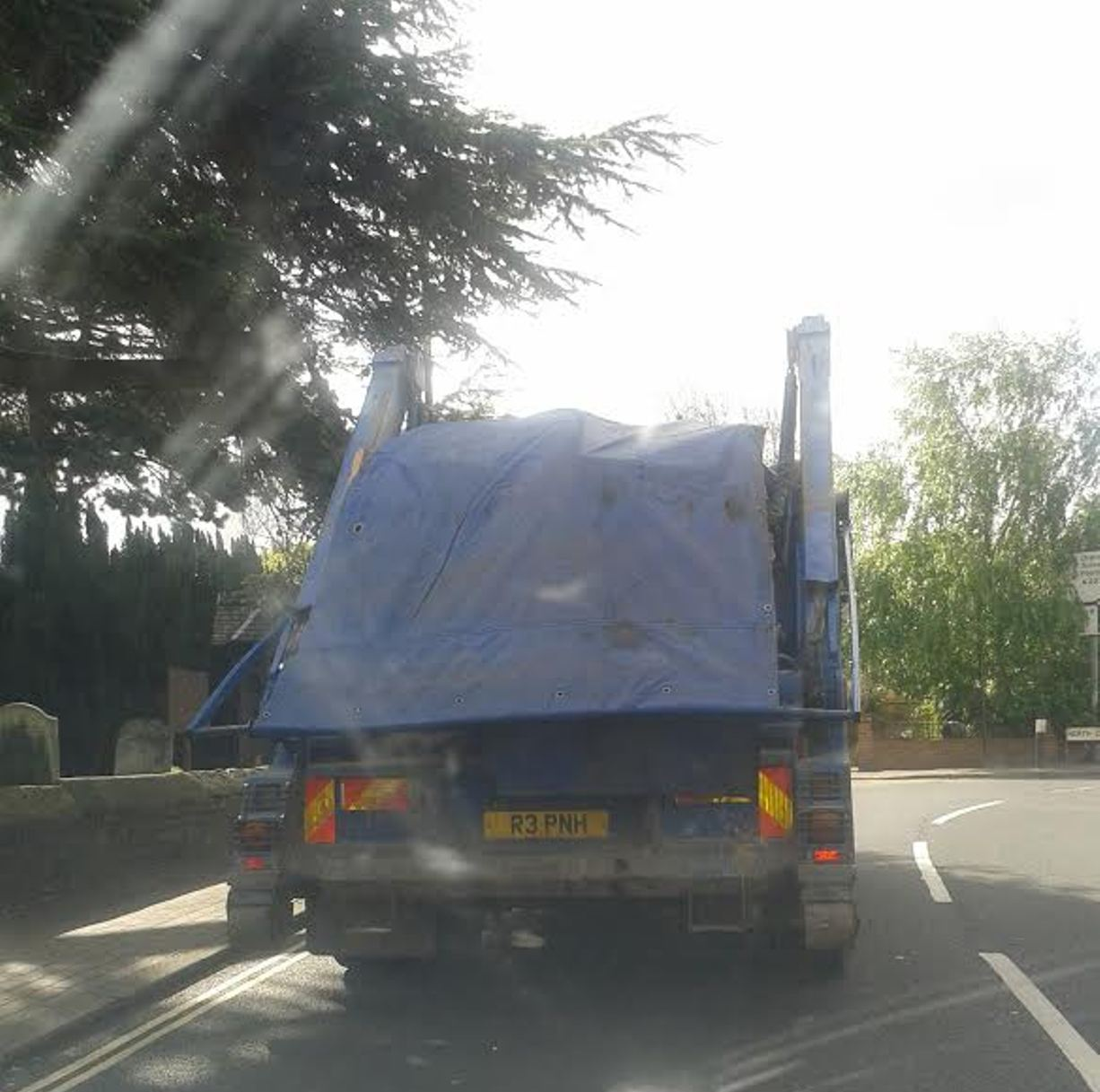 Truck suffers gearbox failure at rush hour in Bexley Village causing delays