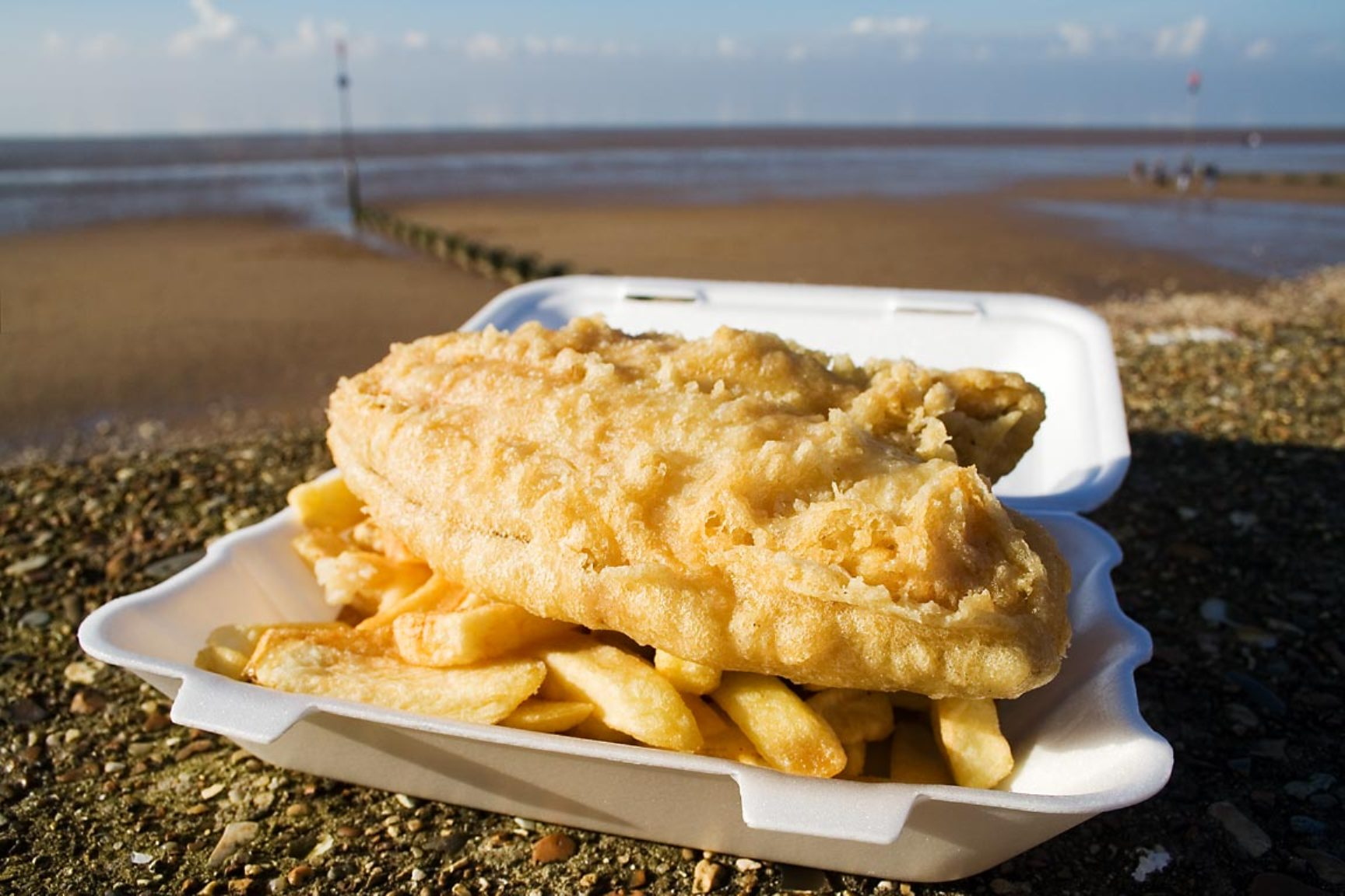 What is the most popular junk food in London and Kent?