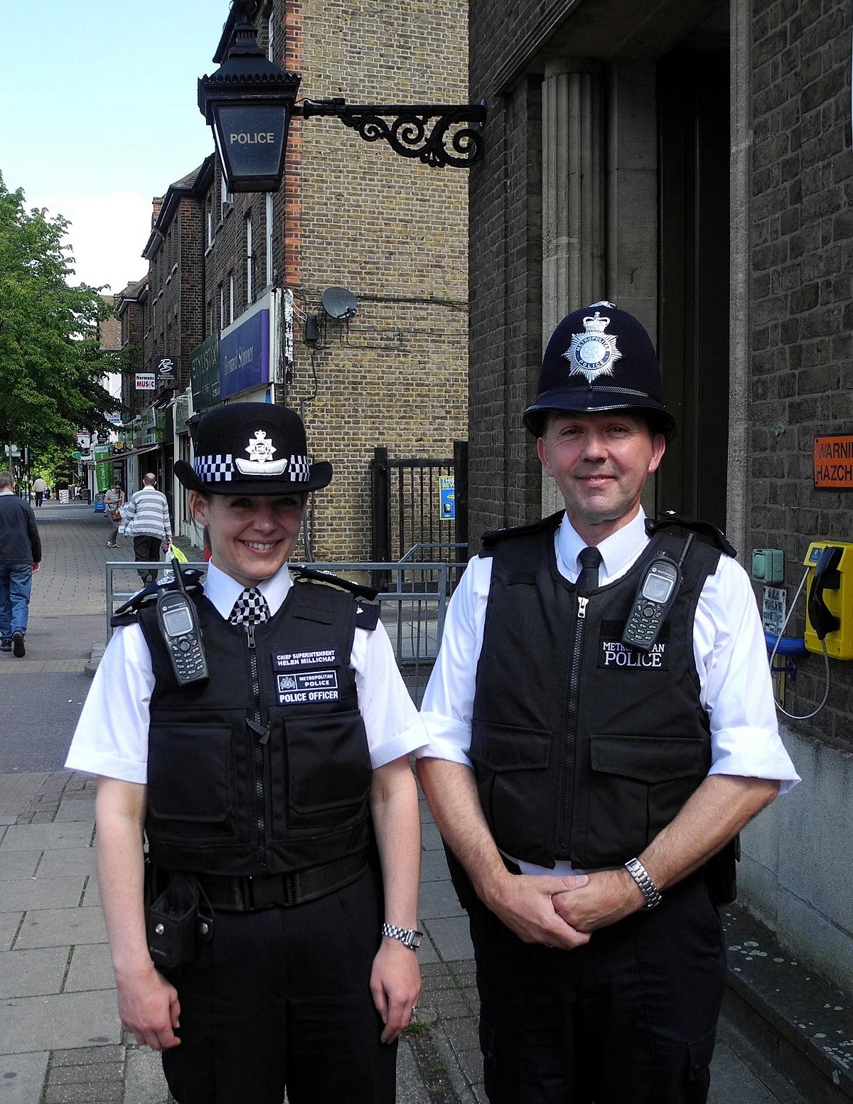 Greenwich's top cop joins Eltham officer for his final patrol