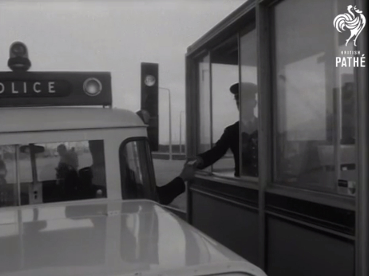 A car using the Dartford Tunnel in a British Pathe video dated 1963