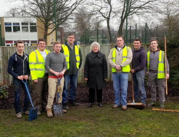 Church volunteers help to clean up Swanley park