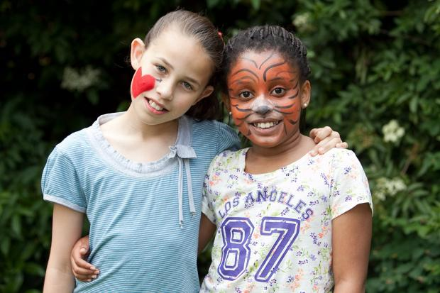 News Shopper: Amia Thomas, 10, and Betany Nasibu, 10