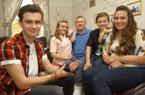 News Shopper: Reece Bromley with his family, sister Ellie-May Bromley, Dad Peter Bromley, Mum Sharon Bromley, Brother Taylor Bromley