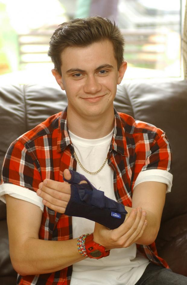 News Shopper: Grove Park teenager helped by Good Samaritans in Lee park bike ambulance scare