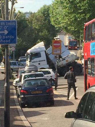 Pic by TfLTrafficNews