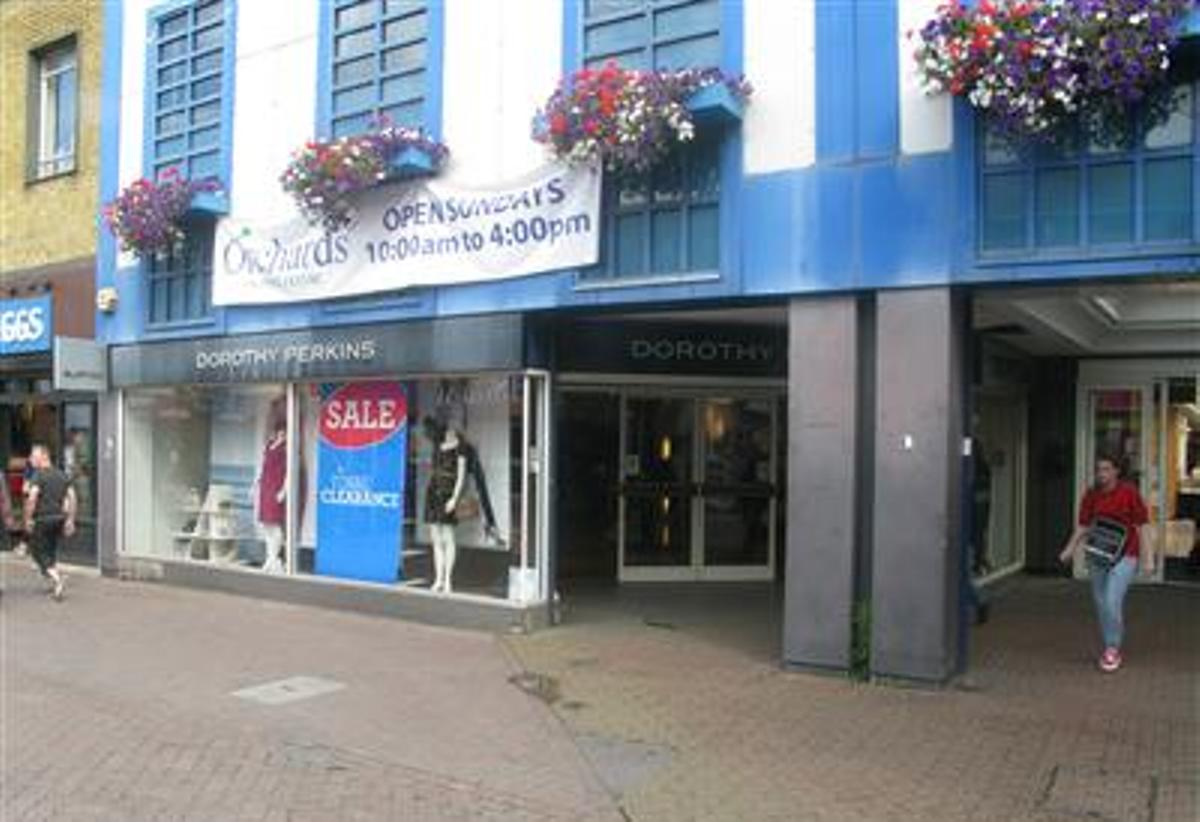 UPDATED: Dorothy Perkins, Burtons and Evans  closing in Dartford town centre on Saturday