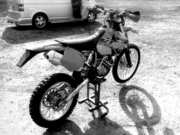 Police looking for stolen motorcross bike in Dartford
