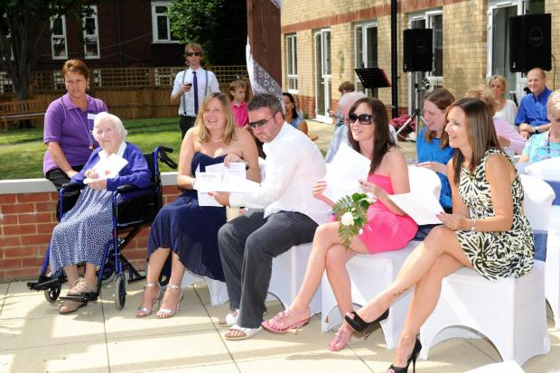 News Shopper: PICTURED: First ever wedding ceremony in Bexleyheath care home