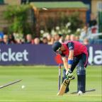 News Shopper: A stretching Joe Denly sees his stumps re-arranged