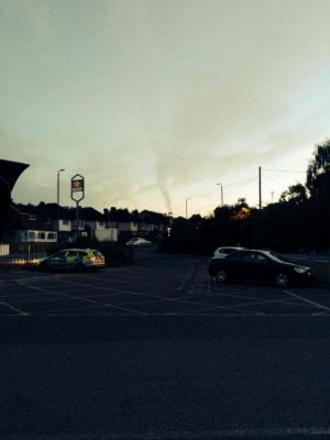 The mini-tonnado photographed above Orpington, taken from outside Orpington station