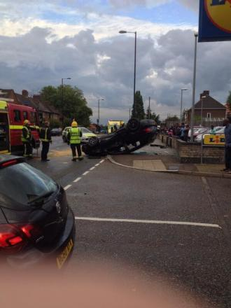 The overturned car in Southend Lane, Catford, picture courtesy of @Leese72