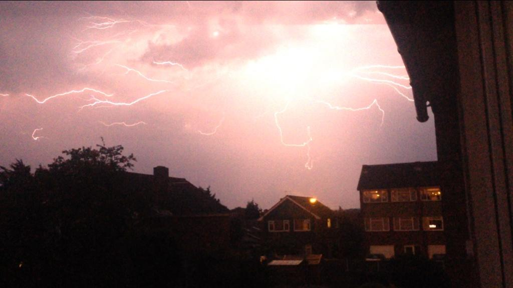 News Shopper: Blackfen lightning