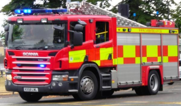 Fire crews tackle blaze on Northfleet industrial estate