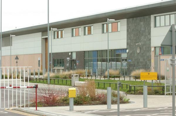 Gang fights with weapons at Thamesmead prison