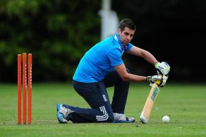 Coach backing Welling cricket duo for England glory