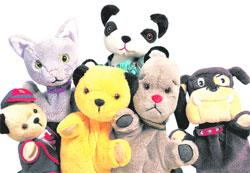 News Shopper: Sooty and his friends come to The Elgiva in Chesham with their latest show  Sooty's Wet and Wild Tour