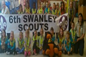 Sidcup opticians supports Scouts
