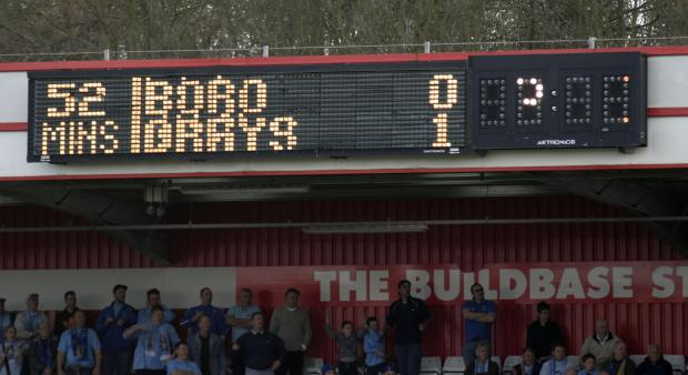 News Shopper: The dream lived on: Boro's scoreboard shows Grays in front