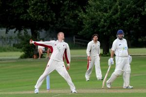 Bexley spinner signs new Kent Cricket contract
