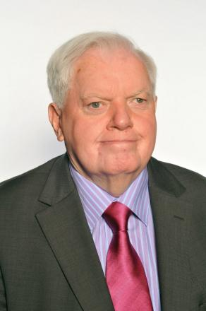 Councillor John Fahy has urged an executive headteacher to withdraw the bid to become academies.