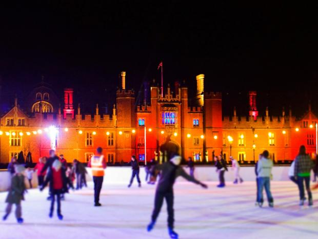 Christmas Ice Skating London.Christmas 2017 Ice Skating Rinks In London Surrey And Kent