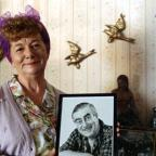 News Shopper: Hilda Ogden's famous curlers, headscarf and pinny to go under hammer