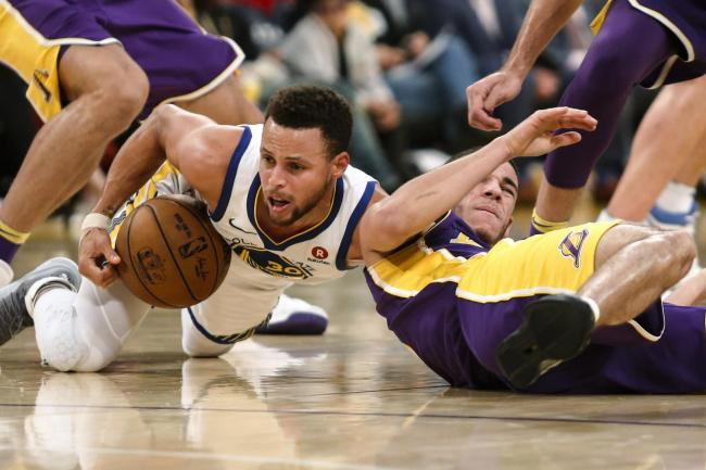 d52ef5698676 Curry lifts Warriors to 127-123 win over the Lakers in overtime ...