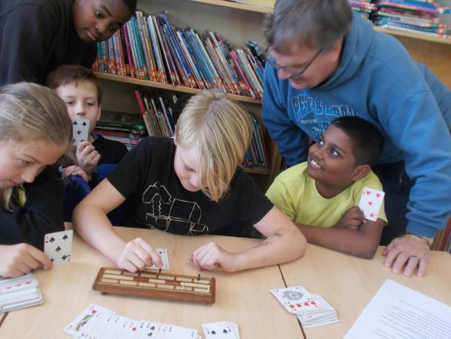 Charlton primary school pupils are being taught cribbage