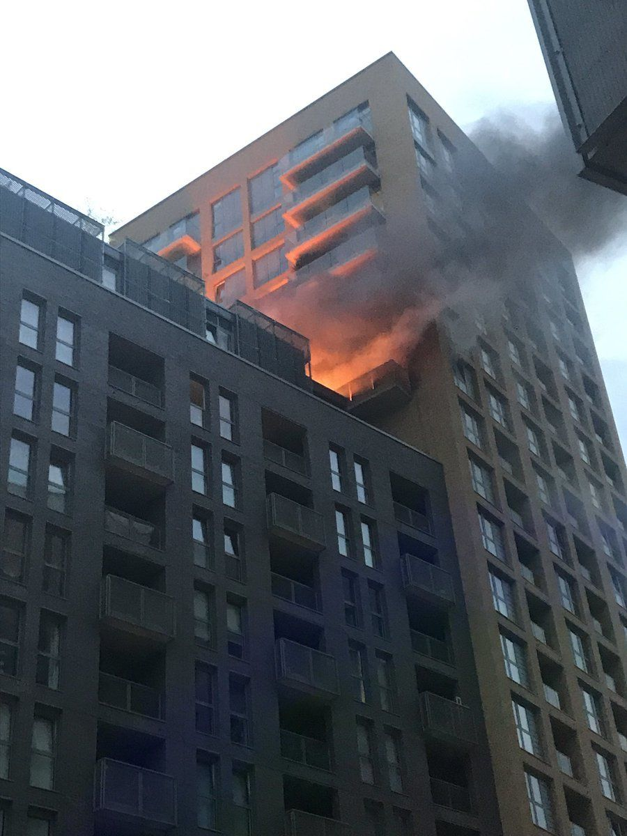 Photo from @yusif0ali showing the fire on the 12th floor of a 20-storey tower block in Elmira Street, Lewisham