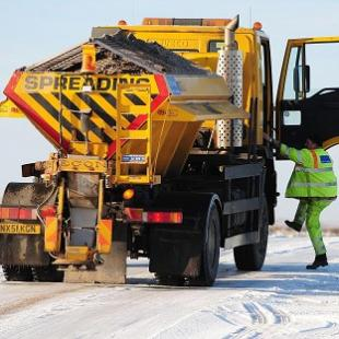 News Shopper: Bromley's gritters working overtime tonight to beat the snow